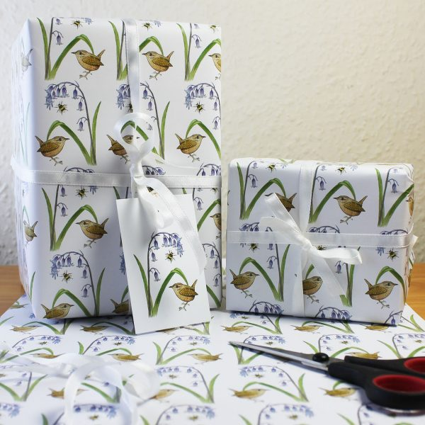 Wren and bluebell wrap