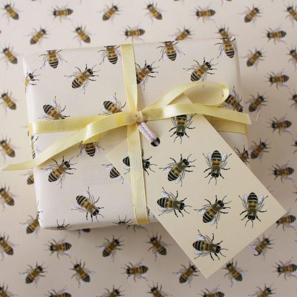 honey bee gift wrap