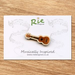 Dark-wood-ukulele-brooch-