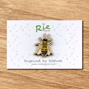 honey-bee-brooch