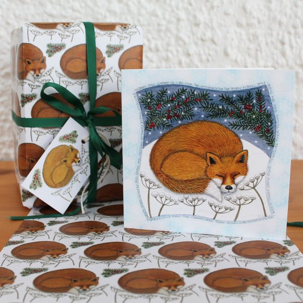 snowy-fox-gift-wrap